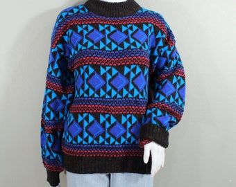 80s vintage sweater;geometric patterns;hipster