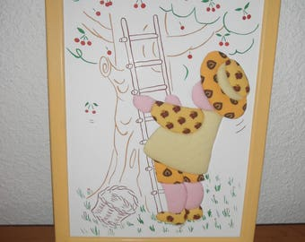Frame for child / fabric embossed pattern