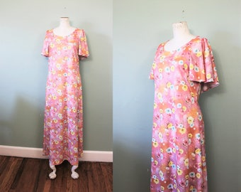 SALE// Flower Power maxi dress | vintage 1970s flutter sleeve maxi | 70s pink maxi dress