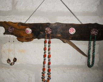 Driftwood for hanging jewelry, scarves... Romantic and natural
