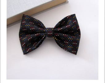 Bow tie and clip in hair 2 in 1 black small tile red, mustard