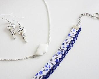 """Parure """"Pop"""" Collier nuage - Bracelet Liberty - Boucles d'oreilles Sucettes // Couleur Argenté, Blanc et Bleu // Collection So Mademoiselle"""