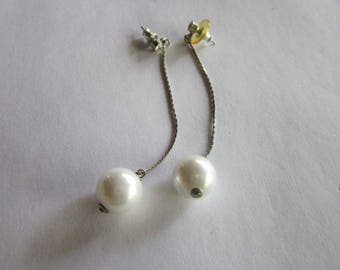 Retro High Fashion Long Drop Dangle Pierced Earrings Chain & Faux Pearl Ball