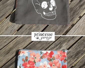 skull clutch / vintage flowers
