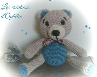 Crochet Amigurimi bear blue and beige.