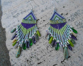 "Earrings woven purple and lime beads ""Indiana"""