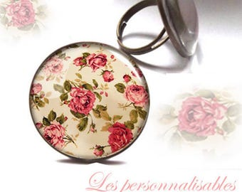 Wild rose ring in bronze with glass dome.