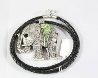 Pendant elephant 60 * 60 mm braided leather cord necklace