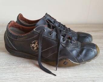 Dr. Martens vintage leather shoes/trainers uk 8, rare find!