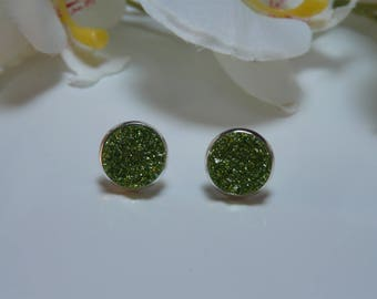 "Earrings made with a ""meteorite"" Green 12mm resin cabochon"