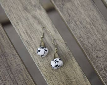 """Earrings """"Bell"""" black and off-white"""