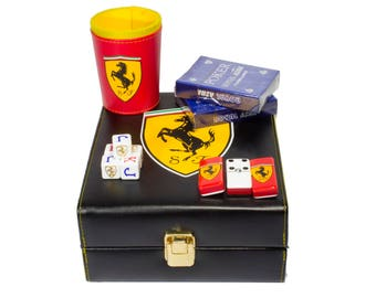 Ferrari Deluxe Set 3 Games: Dominó, Dice Cup, 2 Poker Cards