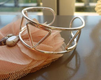 Silver Bangle, geometric Bangle bracelet