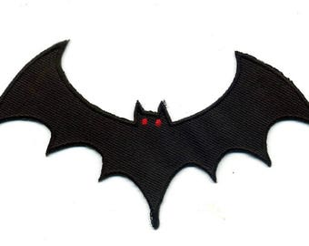 Fusible bat shield embroidered or sew 12.5x6.5 cm Patch Applique