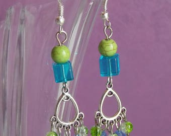 ❥ Rana blue cube earrings, Crystal beads and green blue and green