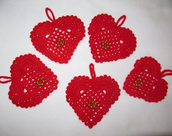 Valentine's day 5 red crochet hearts