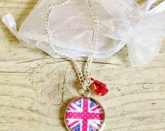 Girl necklace English - model English flag with a touch of liberty