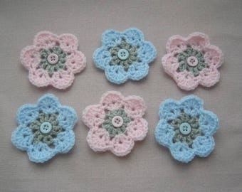 6 flowers are hand crochet wool blue, pink and gray - blue and pink buttons