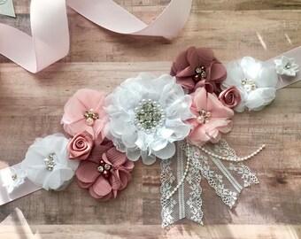 Dusty Pink Vintage Maternity Sash Bridal Sash Flower Girl Sash Pregnancy Sash Gender Reveal Party Baby Shower Gift Girl Soft Pink Keepsake