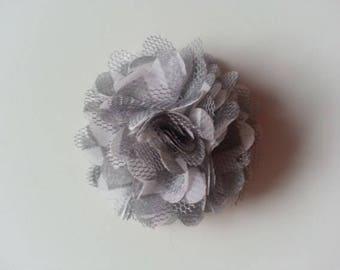 fleur mousseline grise et blanche   50mm
