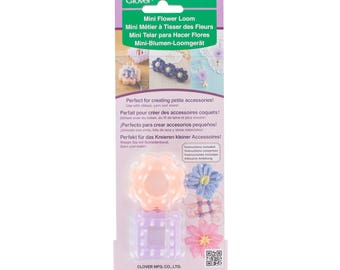 Mini loom with clover flowers