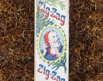Vintage Zig Zag cigarette rolling paper packet