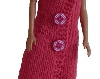 Fuschia strappy dress, two-tone buttons