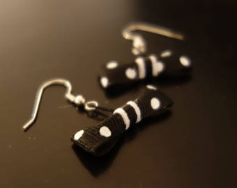 Earrings Fraisichou black bow with white polka dots