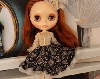 Neo Blythe Size Victorian Dress with accessories