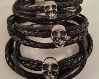 Leather wrap bracelet For him made of soft nappa leather, stainless steel skull and stainless steel magnetic closure