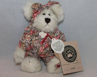 Boyds Bears & Friends Jaime Style # 94286PO Exclusive Canadian Collectible