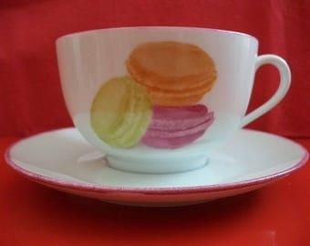 "Breakfast: large Cup + Saucer in Limoges porcelain ""Macaroons"""
