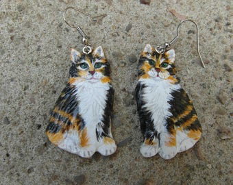 "Earrings ""traffic Angora cats"" made of stiff porcelain"