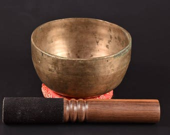 "Hand Hammered THADO Tibetan bowl Chakra Healing Buddhist Meditation Singing Bowl ""B"" Crown chakra Tibetan Singing Bowl"
