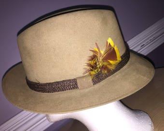 Dobbs Fifth Avenue New York Brown Camel Fedora Hat Sz 7 3/8