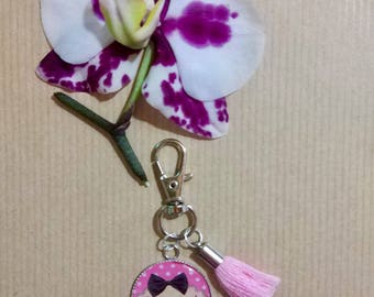 "Cabochon resin epoxy ""Crackly"" charm keychain"