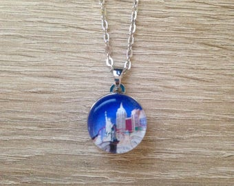 Necklace with cabochon resin epoxy snap Statute of liberty