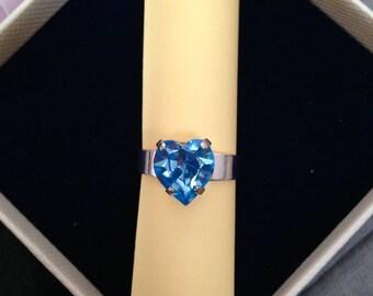 Adjustable ring set with a blue aquamarine heart Swarovski Crystal
