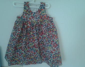 pretty floral dress in size 18 months gathered skirt and high waist