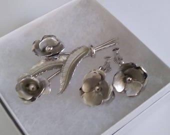 CORO Flower Pin & Earrings Set in Silver Tone Vintage Costume Jewelry brooch and earrings