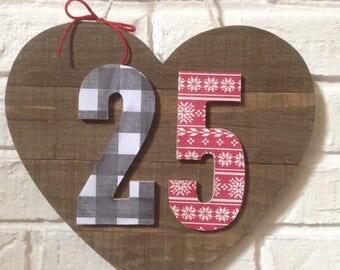 Wood '25' Heart