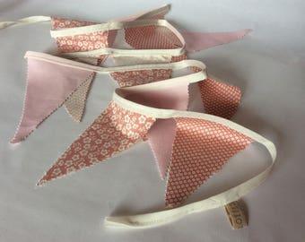 Guirlande de fanions rose saumoné / lin