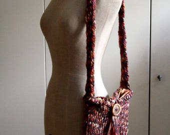 Hand-woven wool shoulder bag
