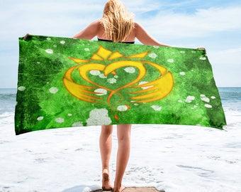 Hand Drawn Irish Claddagh Towel