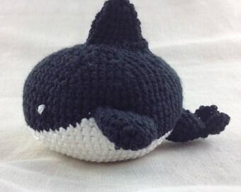 Killer whale in crochet cotton