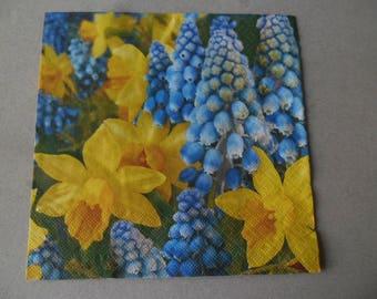 x 1 paper napkin with flowers 33 x 33 cm
