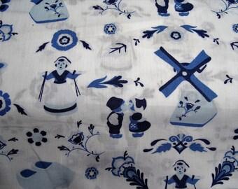 """Dutch"" DELFT style pattern cotton fabric"