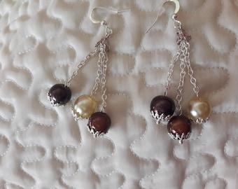 Dangling earrings with Pearl