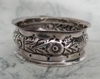 Beautiful Silver Napkin Ring Hallmarked G E Walton 1903 Birmingham England
