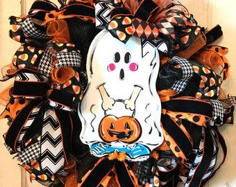 Ghost Wreath, Trick or Treat Wreath, Best Halloween Door, Fall Outdoor Wreath, Ghost Door Wreath, Porch Décor, Halloween Wreath